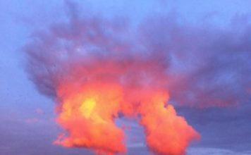 artificial cloud, artificial cloud falkirk, artificial cloud falkirk uk, artificial cloud uk, uk artificial cloud, mysterious artificial cloud uk, artificial cloud uk pictures