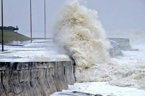 extratropical cyclone uruguay montevideo, Ciclon Extratropical Uruguay, extratropical cyclone uruguay montevideo pictures, extratropical cyclone uruguay montevideo video, giant waves uruguay, extratropical cyclone uruguay montevideo october 2016, Ciclon Extratropical Uruguay