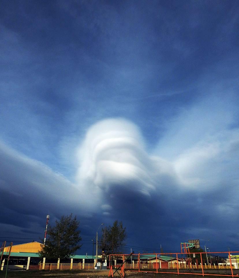 lenticular clouds, chile lenticular clouds, chile ufo clouds, giant lenticular clouds chile