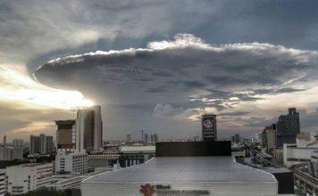 bangkok anvil cloud, anvil cloud bangkok, bangkok storm, bangkok giant anvil cloud november 1 2016, anvil cloud bangkok picture, giant anvil cloud bangkok november 1 2016 video