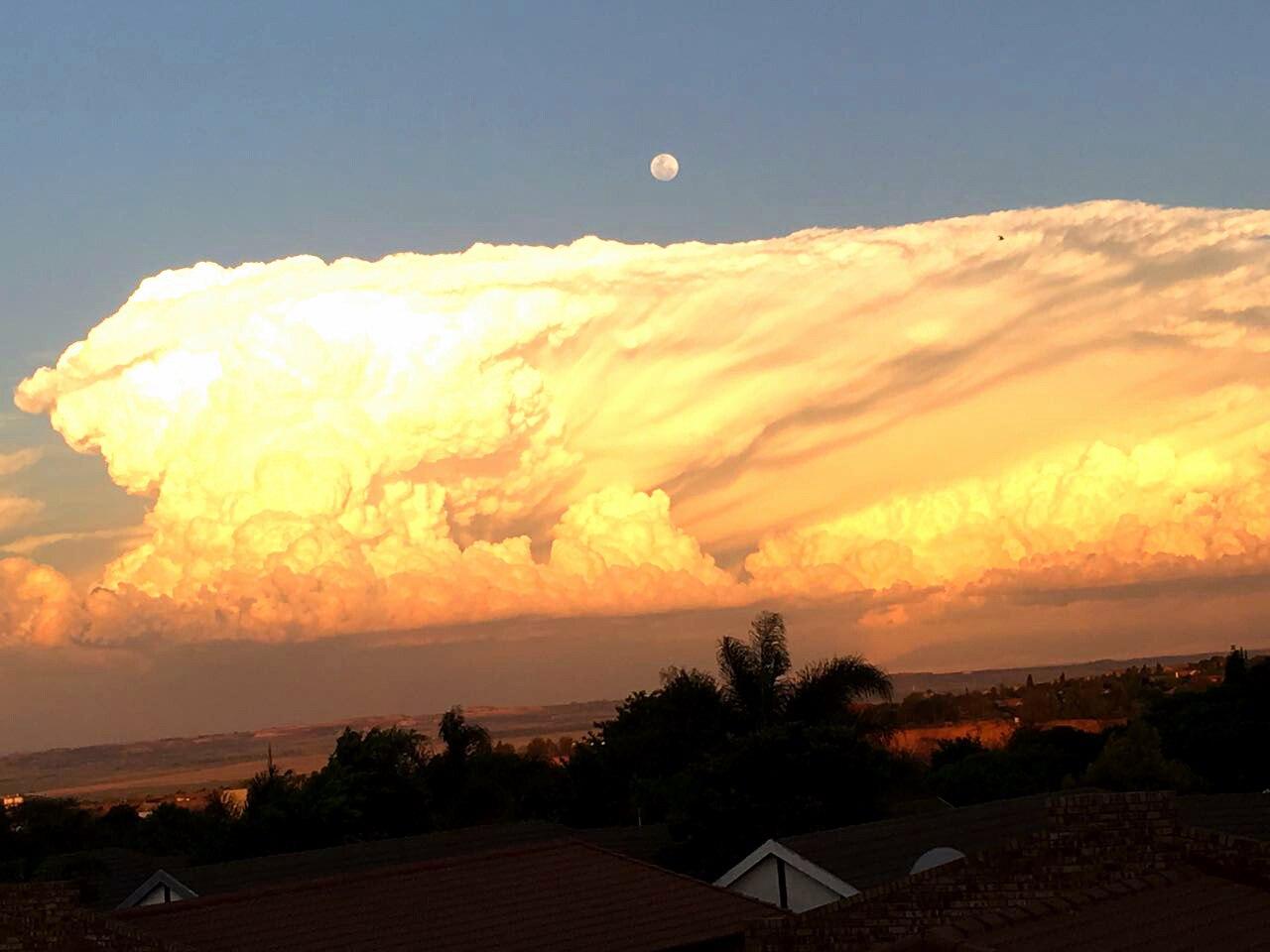cloud, cumulonimbus, cumulonimbus cloud, cumulonimbus cloud south africa, sa cumulonimbus cloud Mpumalanga