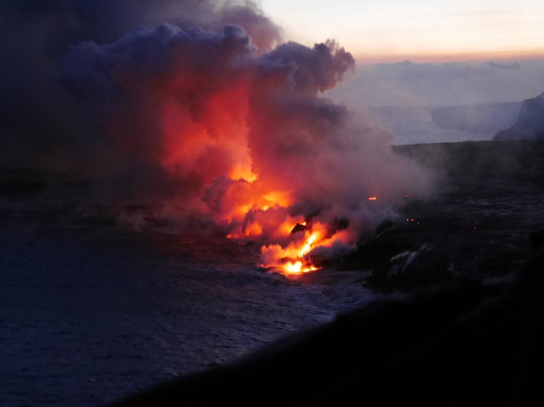 kilauea eruption, kilauea volcano eruption, kilauea eruption continues, non-stop kilauea eruption