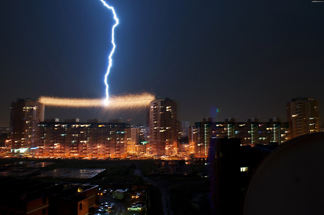 lightning, video, lightning video cable, lightning hits cable, lightning strikes cable, lightning omsk russia, lightning cable video