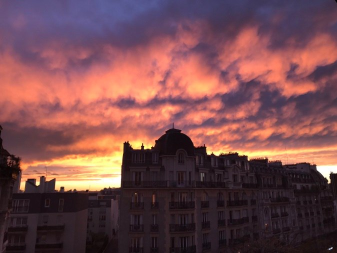 mammatus paris sunset, paris sky on fire, sunset sky mammatus paris, paris mammatus fiery sky, paris mammatus sky on fire, paris mammatus sky on fire november 21 2016