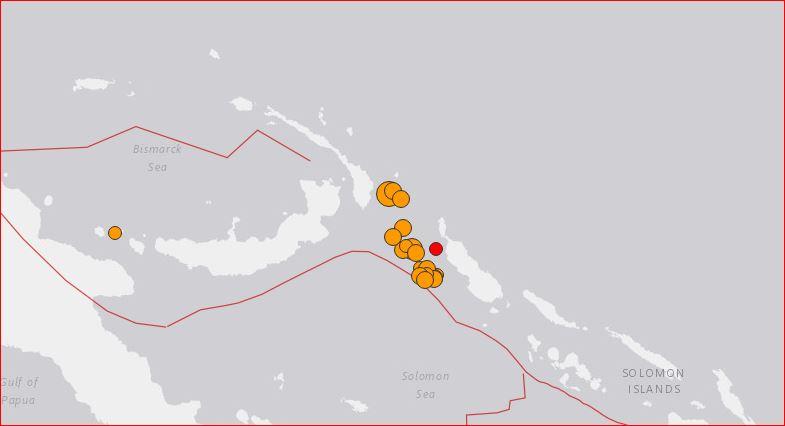 Sciame di aftershoks dopo il terremoto M7.9 off PNG, il 17 dicembre 2016. tramite USGS