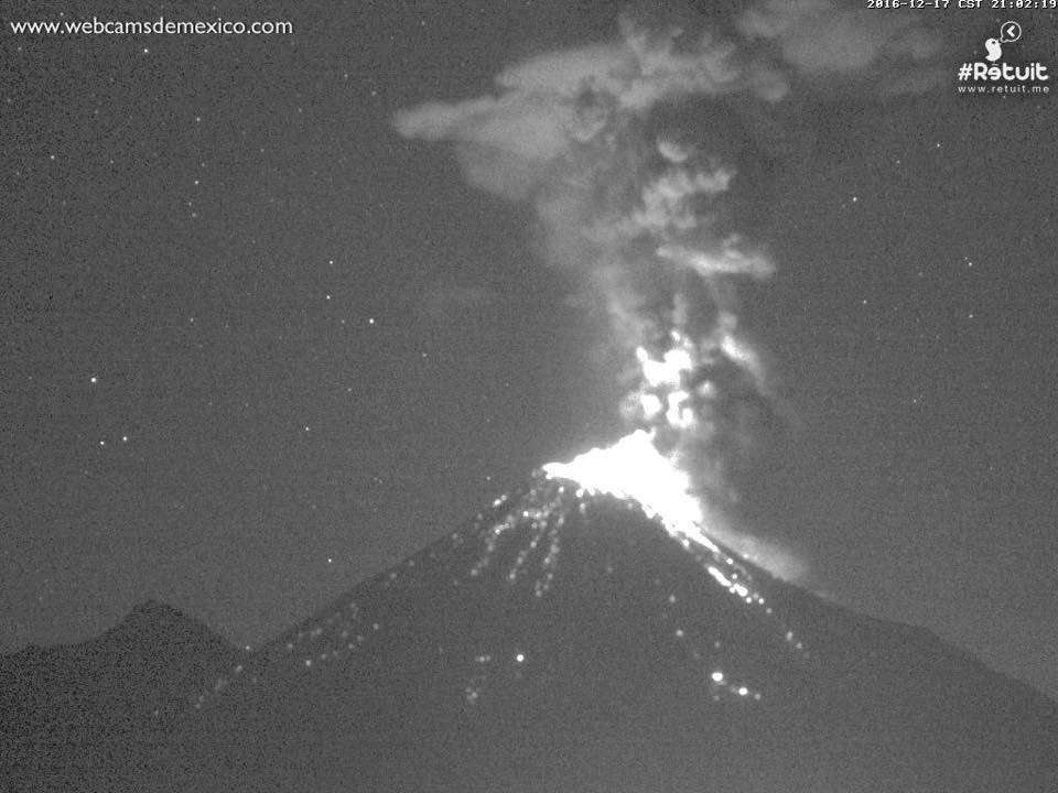 colima eruption, colima eruption december 17 2016, colima eruption december 17 2016 pictures, colima erupcion, colima news, colima update