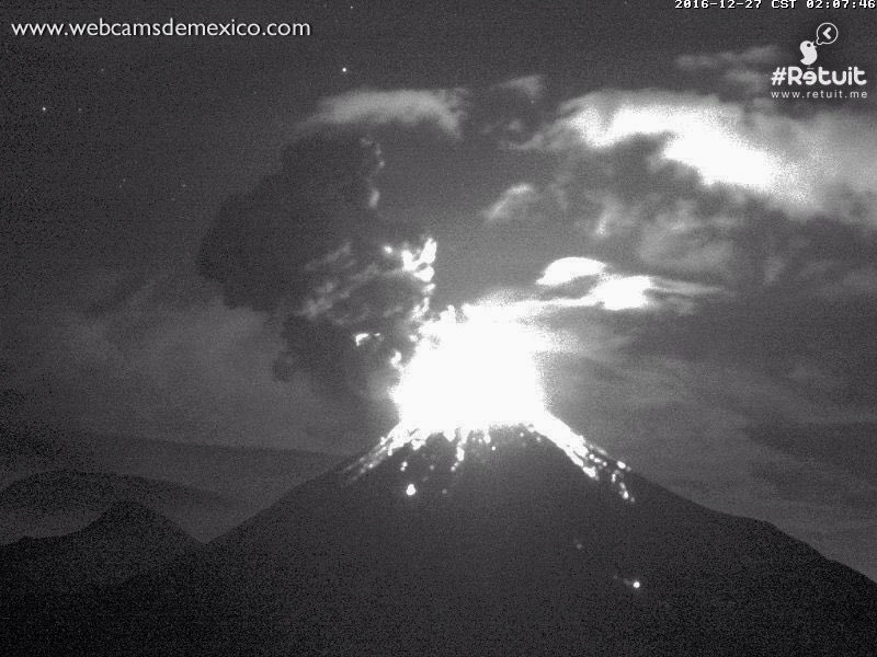 Colima eruption on December 27, 2016.