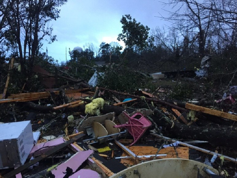 Hattiesburg tornado 2017, Hattiesburg tornado 2017 videos, Hattiesburg tornado 2017 pictures, Hattiesburg tornado Mississippi 2017 video, Hattiesburg tornado Mississippi 2017 picture