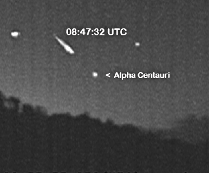 Rare Quadrantid Meteors In The Southern Skies, 3 extremely rare Quadrantid meteors were photographed in the Southern Skies, anomalous quandrantid meteor shower