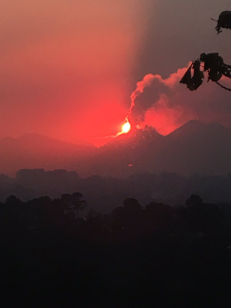 fuego guatemala, fuego guatemala eruption, fuego guatemala eruption january 2017 pictures