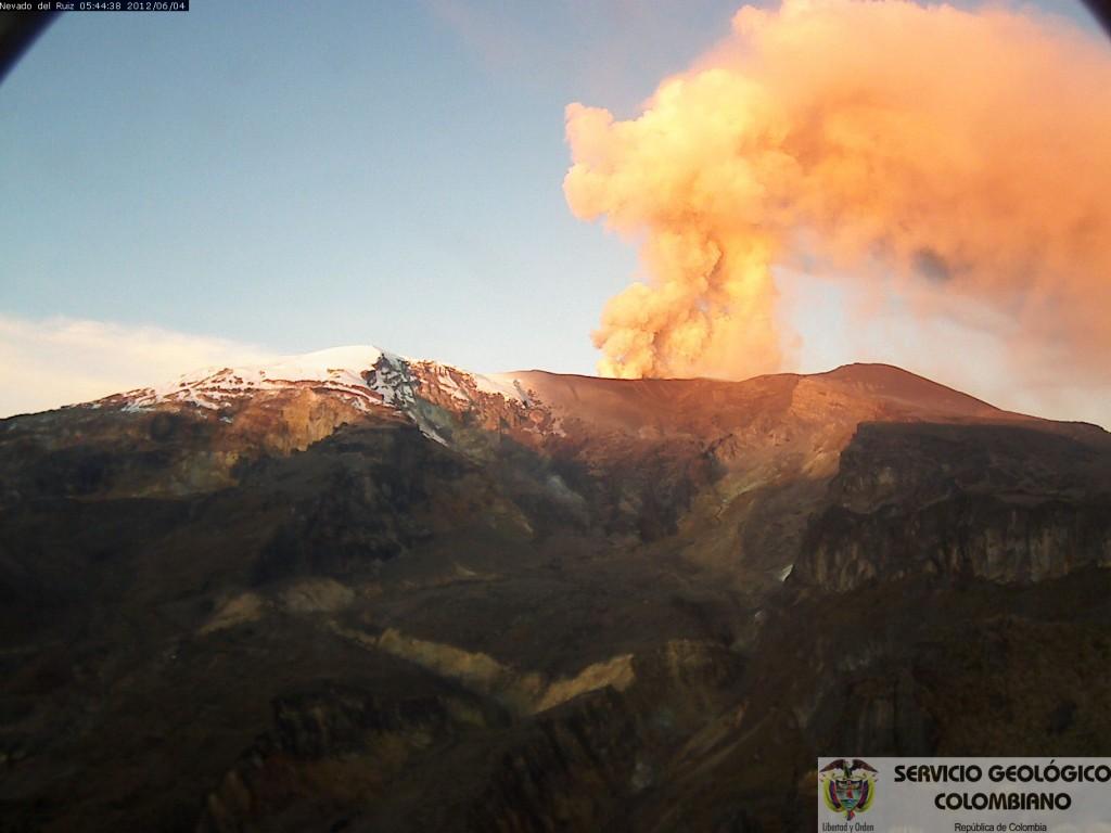 nevado del ruiz, nevado del ruiz volcano, nevado del ruiz january 2017, nevado del ruiz january 2017 eruption, nevado del ruiz eruption