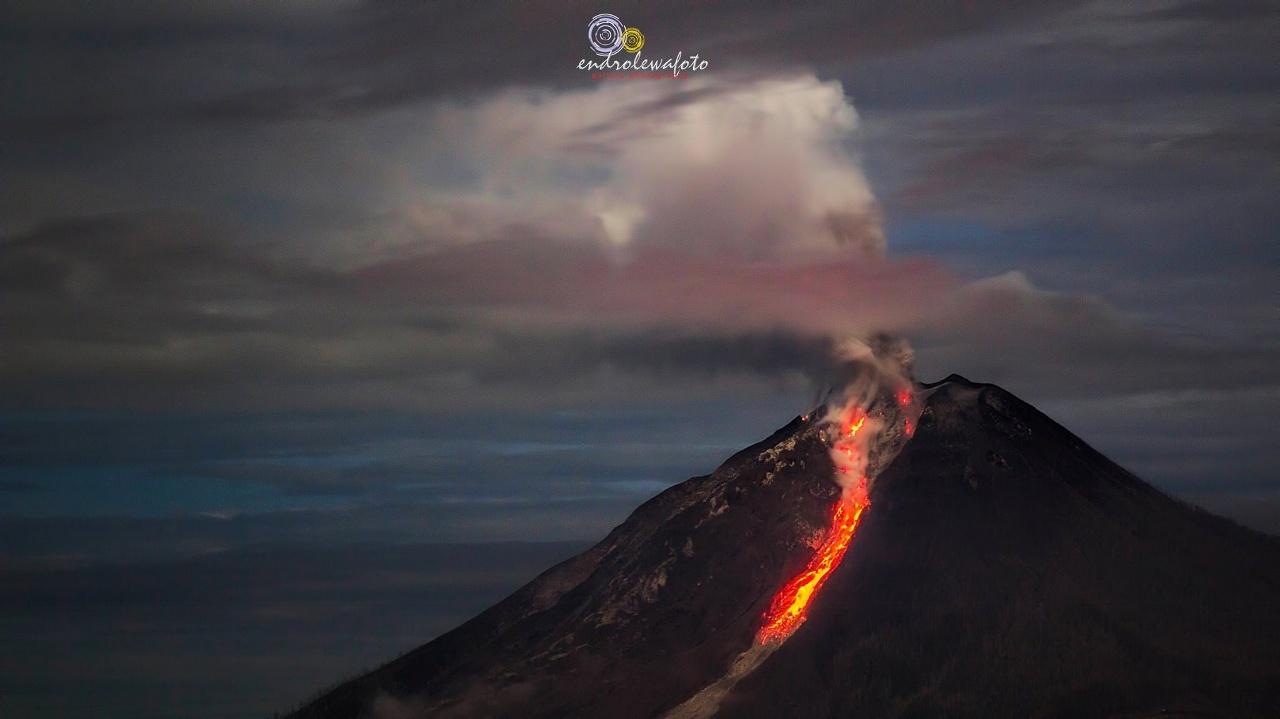 sinabung eruption, volcanic eruption january 2017, latest volcano eruptions, latest volcanic eruption, volcano eruptions worldwide