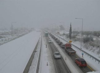snow greece, greece snow, snow greece january 2017, snow greece january 2017 pictures, snow greece january 2017 videos