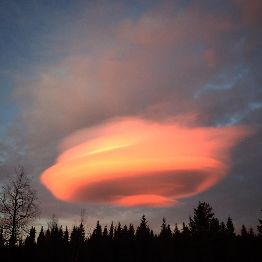 ufo cloud sweden, lenticular, lenticular clouds, lenticular clouds 2017, lenticular clouds january 2017, lenticular clouds sweden 2017