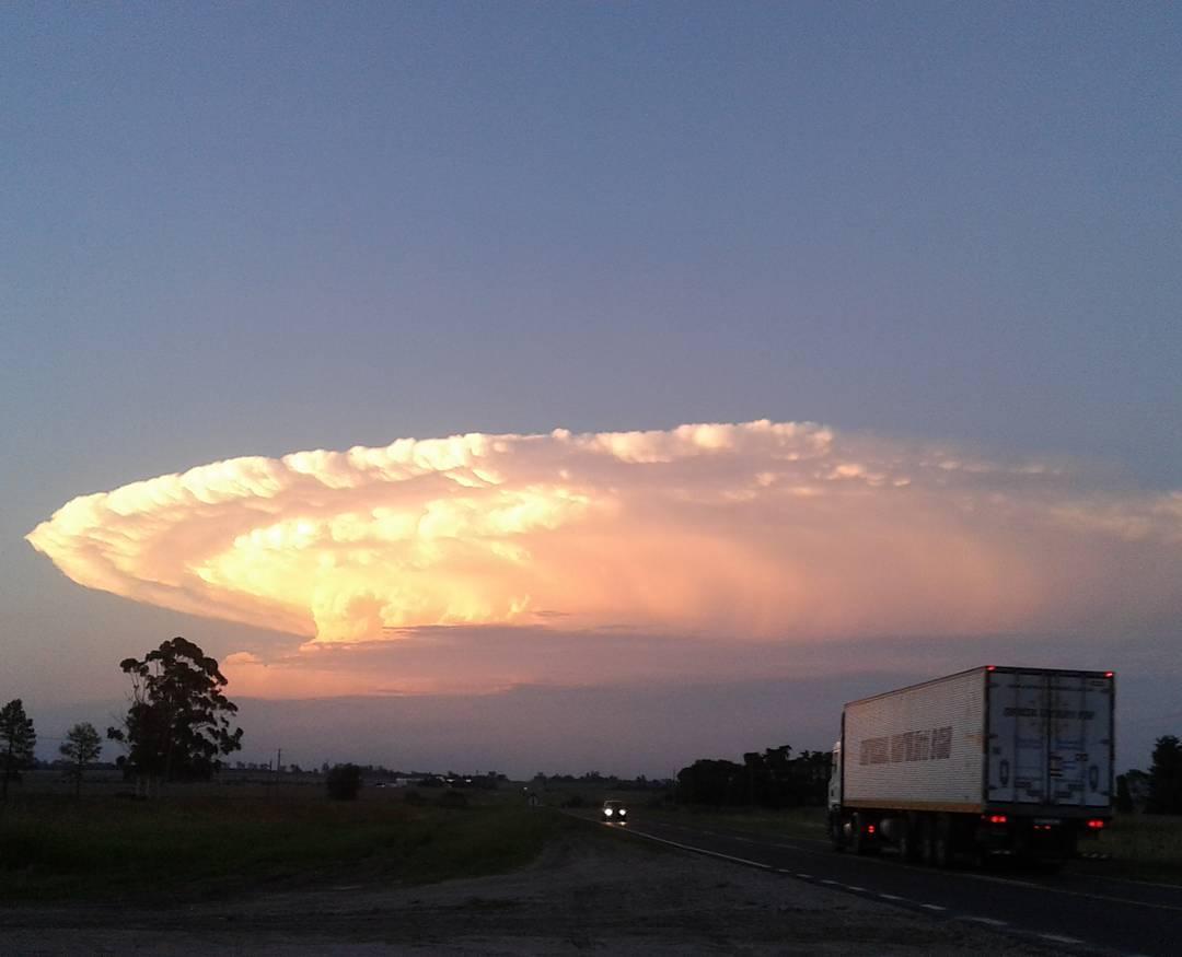 cumulonimbus, ufo invasion, strange clouds