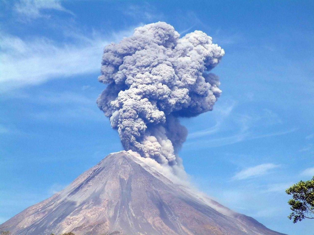 eruzione vulcanica, eruzione vulcanica gennaio 2017, il video eruzione vulcanica, eruzione vulcanica gennaio 2017 il video