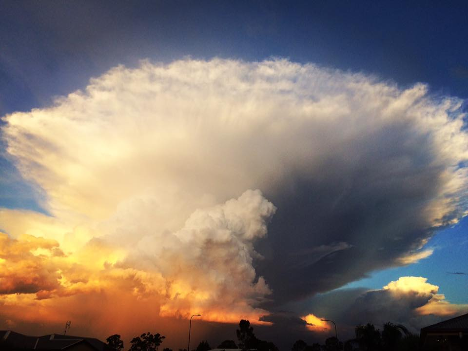 anvil cloud chinchilla australia, anvil cloud chinchilla australia february 27 2017, anvil cloud chinchilla australia pictures, anvil cloud chinchilla australia video