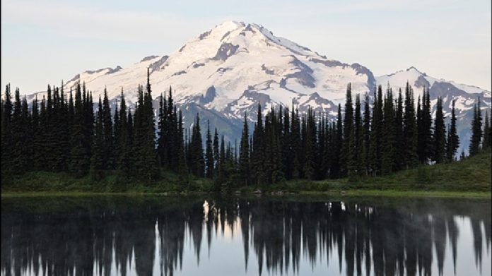 glacier peak, The US Needs to Seriously Beef Up Its Volcano Monitoring, volcano monitoring us, us volcano monitoring system, Glacier Peak was labeled one of US's most dangerous volcanoes