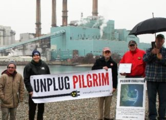 Pilgrim nuclear plant powered down because of leak, Pilgrim nuclear plant powered down because of leak february 2017, Sea water leaks into nuclear plant in coastal Plymouth (Massachusetts), The Pilgrim nuclear power plant in Plymouth is operating at reduced power after seawater leaked into the condenser system