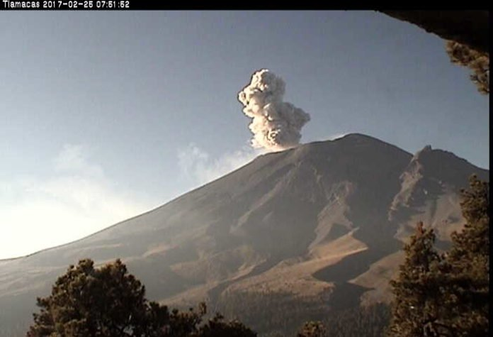 popocatepetl, popocatepetl eruption, popocatepetl explosion, popocatepetl february 2017 video, popocatepetl february 2017 pictures