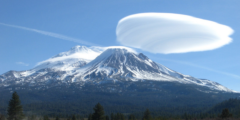 Mount Shasta volcano