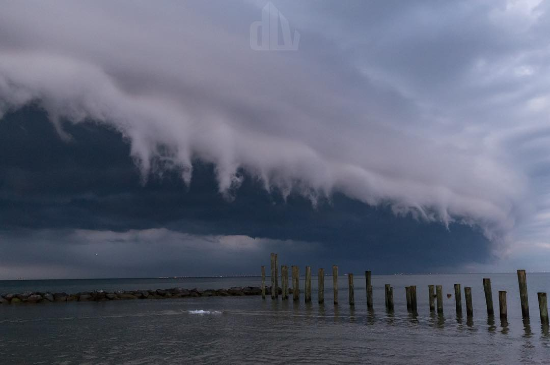 Shelf cloud, shelf cloud images, shelf cloud video, shelf cloud virginia images