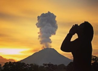 sinabung eruption, sinabung eruption february 24 2017, sinabung eruption february 2017, sinabung eruption video, sinabung eruption picture
