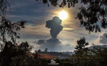sinabung eruption