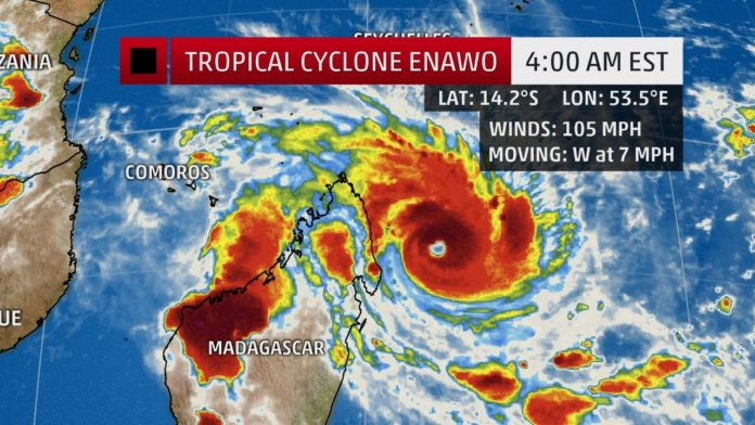 Enawo, Tropical Cyclone Enawo, Tropical Cyclone Enawo madagascar, Tropical Cyclone Enawo march 2017, Tropical Cyclone Enawo madagasca video,
