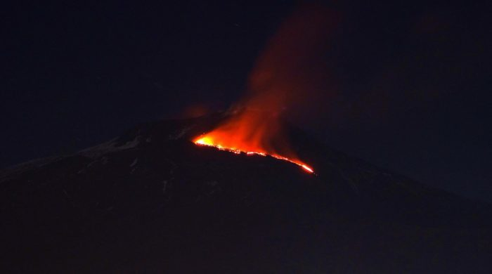 etna eruption, etna eruption video, etna eruption picture, etna eruption easter