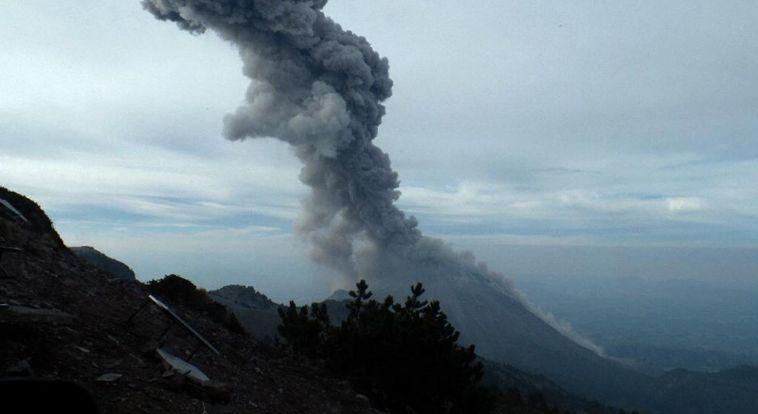 fuego volcano eruption april 2017, reventador volcano eruption april 2017, poas volcano, poas volcano eruption, poas volcano eruption april 2017