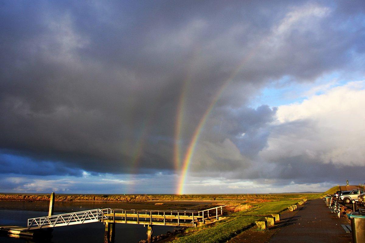 quadruple rainbow netherlands, Multiple rainbows appeared this morning, April 28 on the Isle of Terschelling, Multiple rainbows netherlands, Multiple rainbows netherlands april 28 2017 pictures