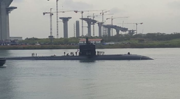 us submarine panama canal, us submarine panama canal video, us submarine panama canal april 2017 video, us submarine panama canal april 17 2017 video, us nuclear submarine panama canal