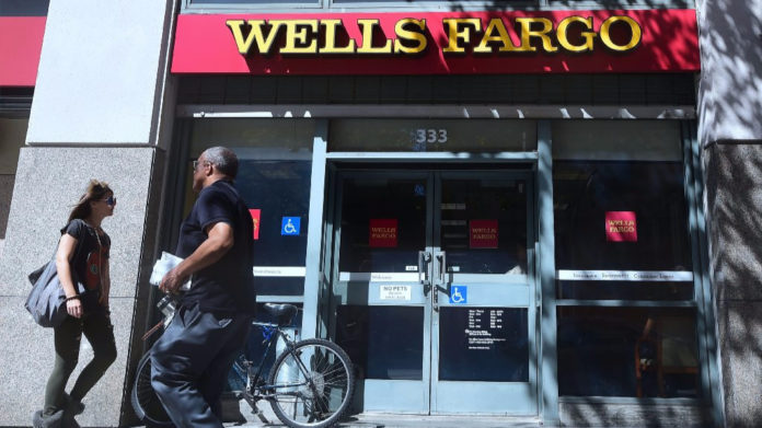 wells fargo obliges rehire whistleblower, wells fargo rehire whistleblower, wells fargo whistleblower