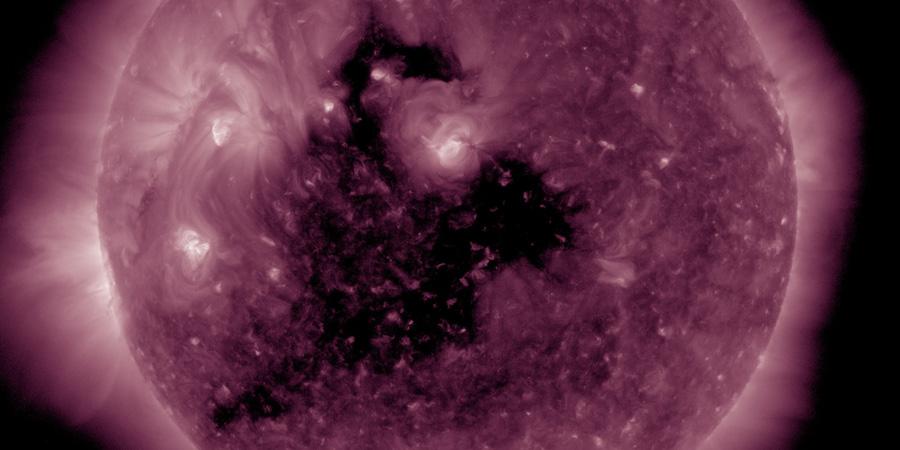 coronal hole sun may 18 2017, coronal hole sun, giant coronal hole sun may 18 2017, coronal hole sun may 18 2017 video, coronal hole sun may 18 2017 picture