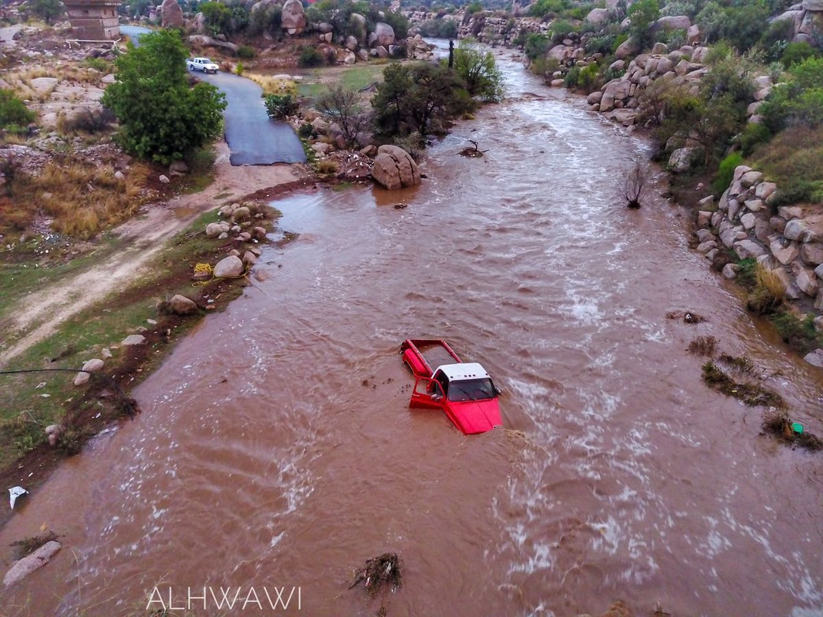 flash floods taif, flash floods taif saudi arabia, flash floods taif saudiarabia ma 2017, flash floods taif video, flash floods taif pictures