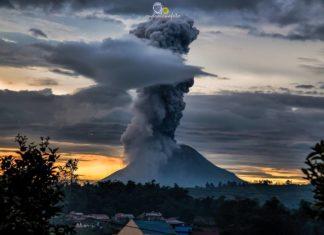 Sinabung volcanic eruption on May 24 2017, volcano eruption, may 2017 volcanic eruption, latest volcanic eruptions