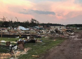 tornado chetek wisconsin may 2017, deadly tornado wisconsin, deadly tornado oklahoma, Prairie Lake Estate Mobile Park near Chetek, Wisconsin - Tornado damage - May 16, 2017, Total destruction after a tornado leveled Prairie Lake Estate Mobile Park near Chetek, Wisconsin on May 16, 2017