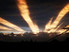 anticrepuscular rays picture, anticrepuscular rays june 2017, Anticrepuscular rays in the sky of Germany on June 14 2017