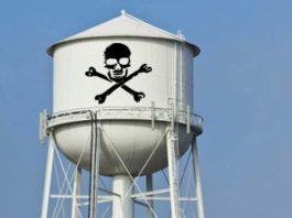 drinking water crisis usa, America has a looming water health crisis and no media seems interested in talking about it, america drinking water crisis, america lead drinking water crisis