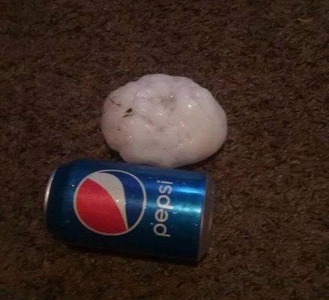 giant hailstones kansas, Gigantic hail up to 11 cm (4.7 inches) in diameter fell in Kiowa, Kansas on June 15 2017