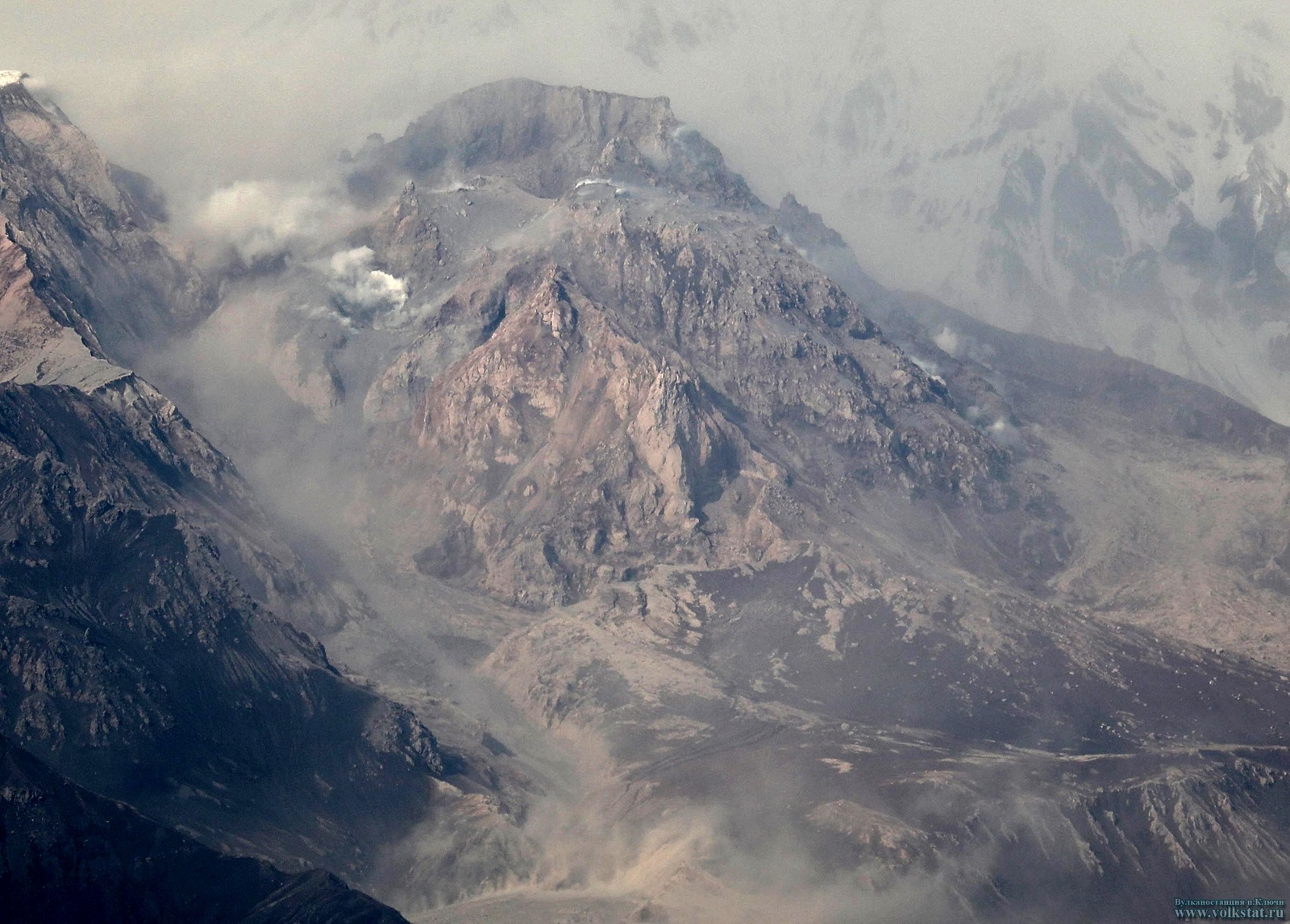 kamchatka volcano eruption, kamchatka volcano eruption june 2017, kamchatka volcano eruption video, kamchatka volcano eruption pictures