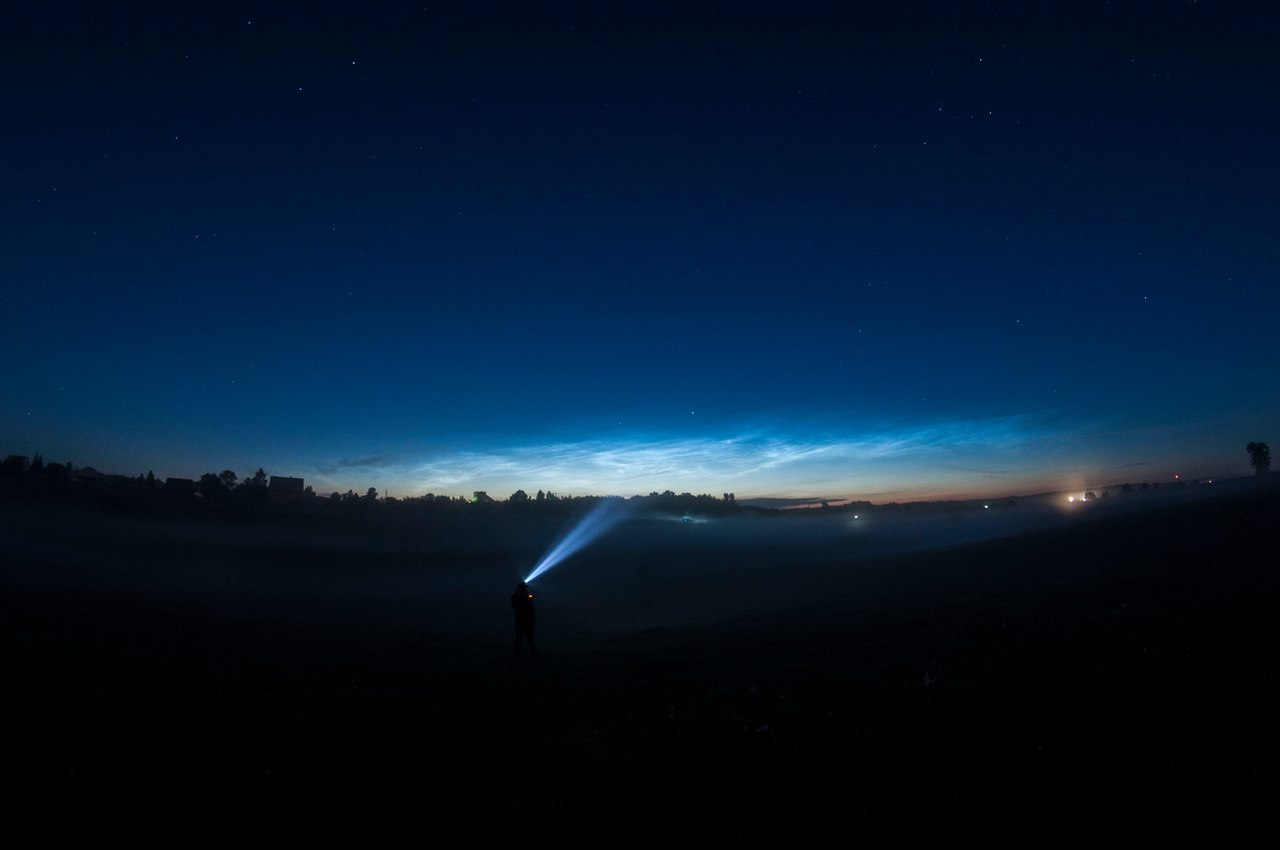 noctilucent clouds june 2017, noctilucent clouds june 2017 pictures, noctilucent clouds june 2017 video, noctilucent clouds june 2017 russia, noctilucent clouds june 2017 scotland