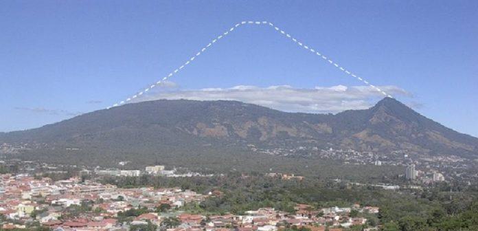 san salvador volcano size, Volcano of San Salvador lost thousand meters of height during eruptions, Volcán de San Salvador perdió mil metros de altura durante erupciones