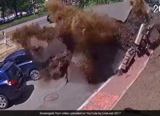 underground pipe explosion kiev video, underground pipe explosion kiev video may 2017, geyser underground pipe explosion kiev video