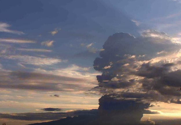 Sheveluch eruption kamchatka july 24 2017, Sheveluch eruption kamchatka july 24 2017 video