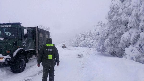 Snow and extreme cold in Bariloche, Argentina, bariloche record cold and snowstorm argentina new record cold bariloche argentina