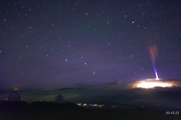 gigantic jet lightning hawaii, gigantic jet lightning hawaii picture, gigantic jet lightning hawaii video, gigantic jet lightning hawaii july 2017 photo video