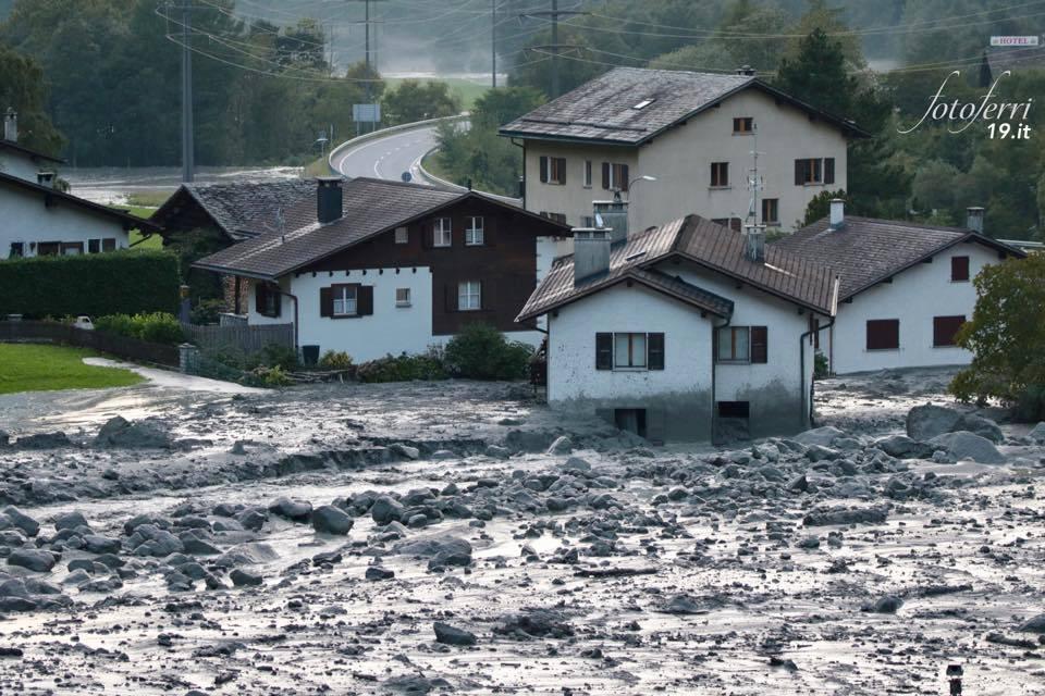 bondo, Zuerst Felssturz dann Murgang in Bondo, bondo mudflow, mudflow bondo switzerland august 2017, Huit disparus suite à un glissement de terrain dans les Grisons, Bondo (GR): 8 personnes sont portées disparues après un éboulement felsturz und