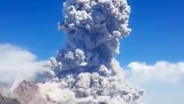 sheveluch volcano eruption august 2017, sheveluch volcano eruption august 2017 video, sheveluch volcano eruption august 2017 pictures